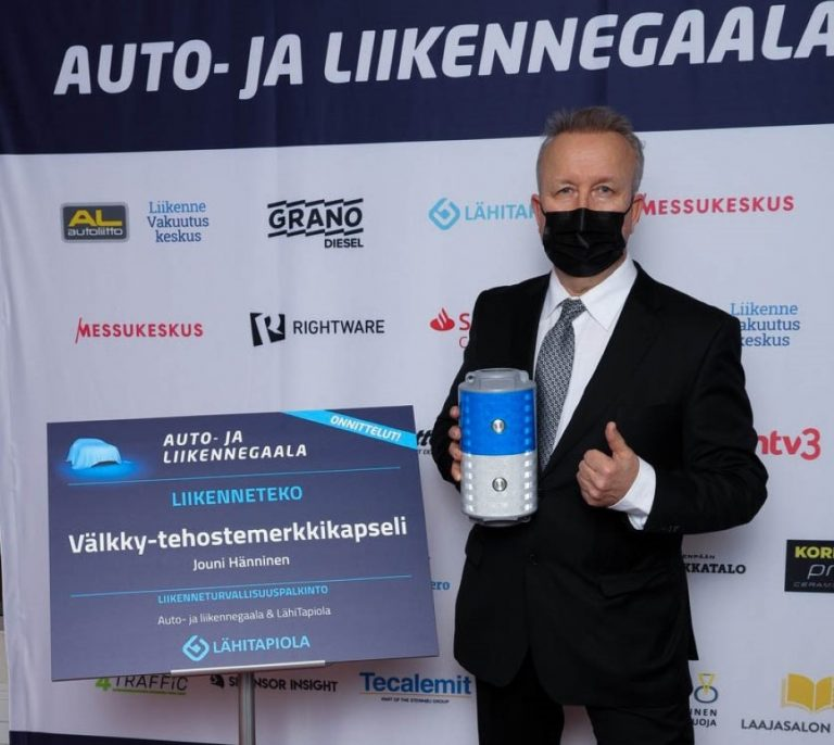 Auto- ja liikennegaala: Liikenneteko-palkinto Välkky-tehostemerkkikapselin kehittäjälle