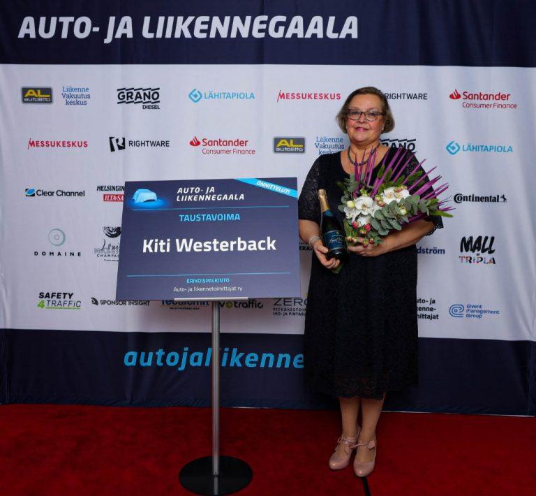 Auto- ja liikennegaala: Taustavoima-palkittu on Kiti Westerback