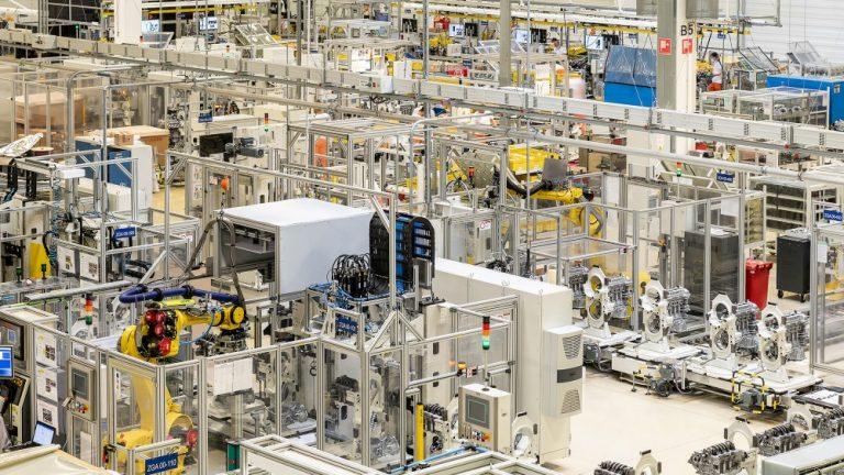 Kia investoi 70 miljoonaa Euroopan tehtaan voimalinjatuotantoon