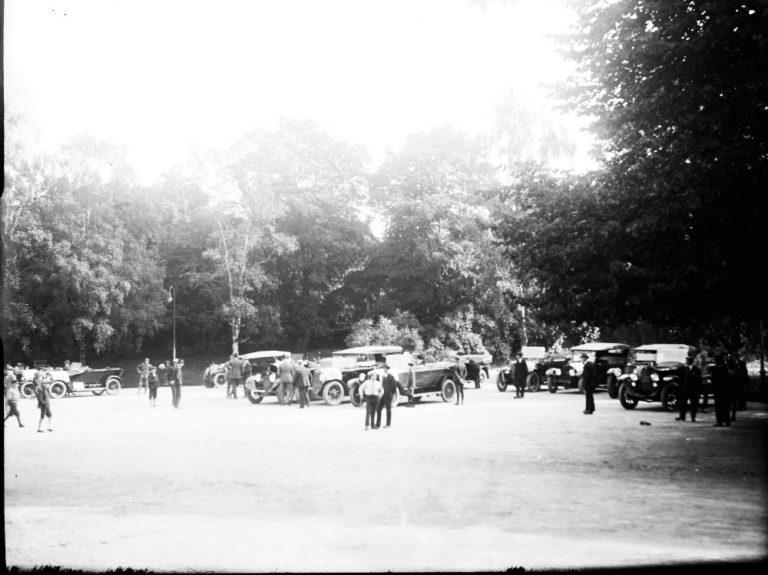 Päivän autourheilukuva: Autojen luotettavaisuuskilpailu Helsinki – Imatra 1922