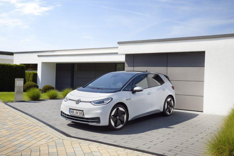 Täyssähköisen Volkswagen ID.3 -malliperheen uusien jäsenten tilauskirjat auenneet