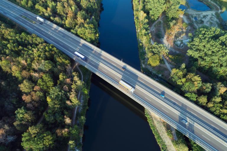 Nesteen uusiutuvat tuotteet vähensivät kasvihuonekaasupäästöjä 3,7 miljoonan henkilöauton päästöjen verran