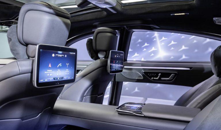 Mercedeksen uudessa S-sarjassa hyödynnetään MBUX-käyttöliittymän toista sukupolvea
