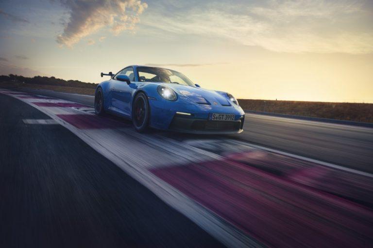 Uusin Porsche 911 GT3 on julkistettu — 510 hv, 320 km/h