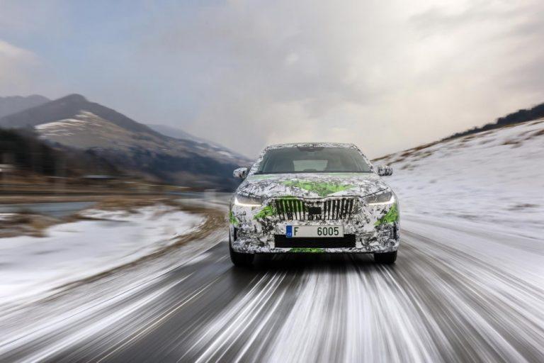 Neljännen sukupolven Škoda Fabia kasvaa kokoa