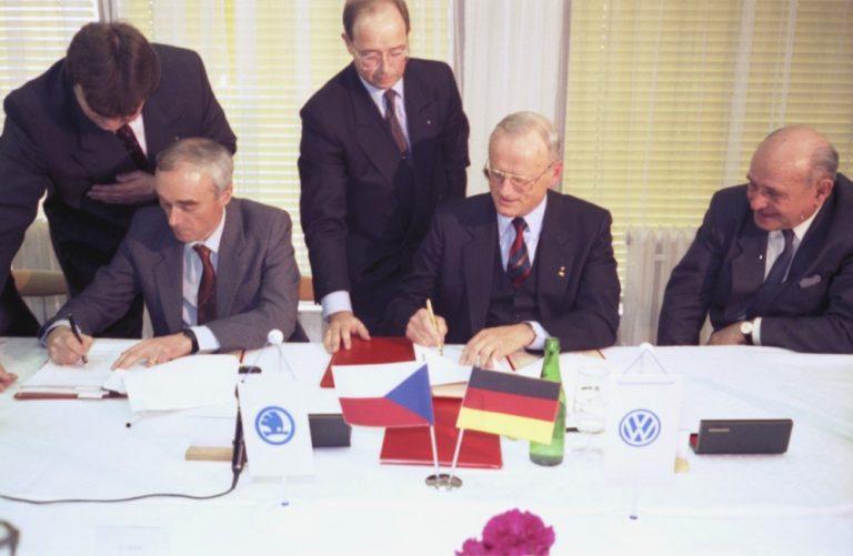 30 vuotta sitten tehtiin Škoda Auton kannalta merkittävä sopimus!