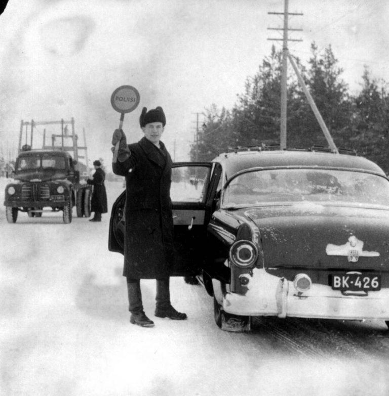 Päivän poliisikuva: Liikkuvan poliisin konstaapeli Jyrki Jäntti