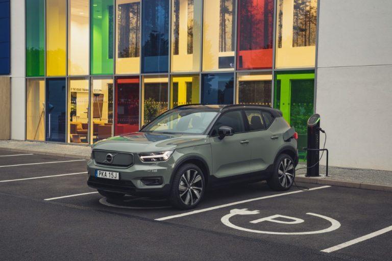 Vuodesta 2030 alkaen Volvo tekee vain täyssähköautoja