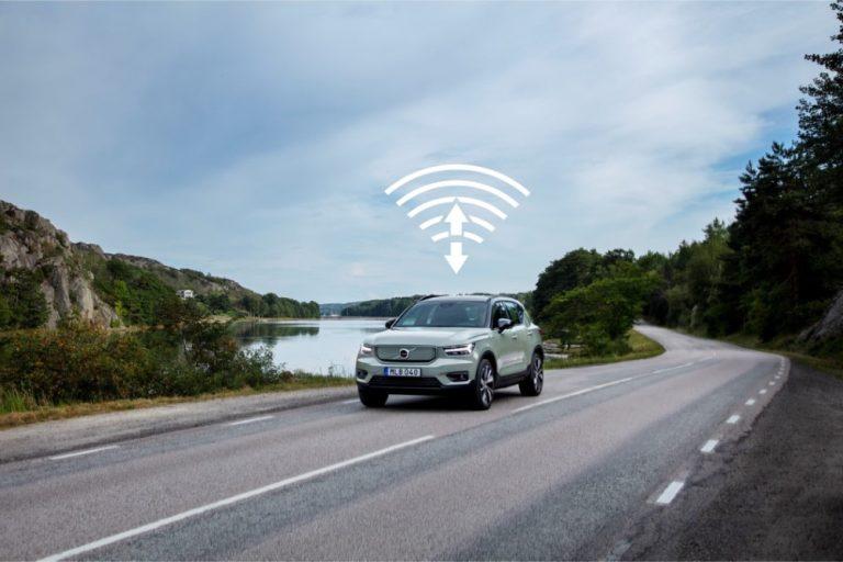 Volvo XC40 Recharge -mallin ohjelmistopäivityksen avulla parempi latausnopeus ja pidempi toimintamatka