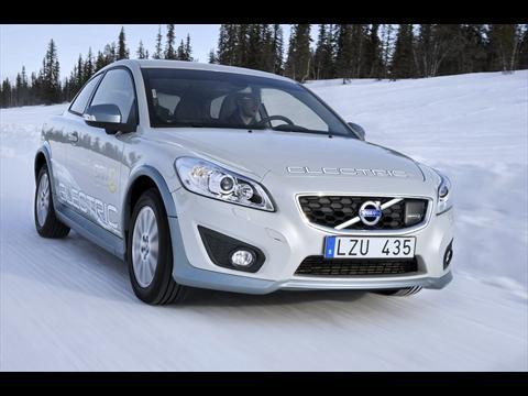 Autotoday 10 vuotta sitten: Volvo C30 Electric on testattu ankarissa talviolosuhteissa