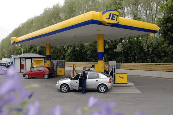 E10-bensiini otetaan Ruotsissa käyttöön vasta nyt!