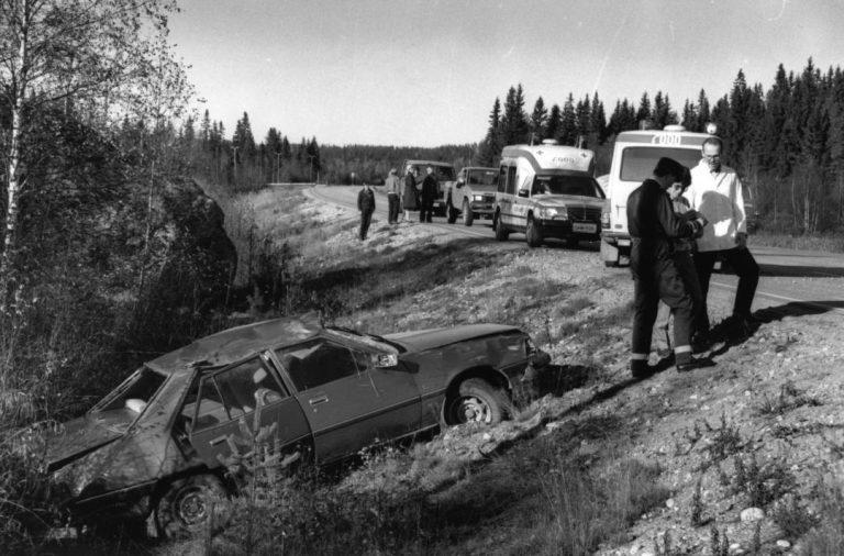 Päivän kolarikuva: Ulosajo Nurmeksen Jokikylässä