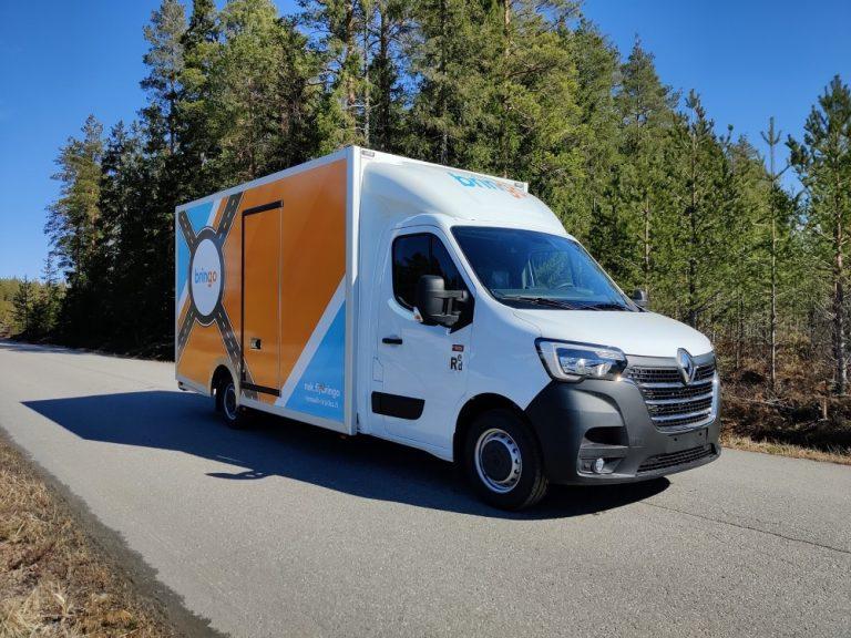 Kotimainen korivalmistaja tehnyt Renaultin alustan päälle pakettiauton