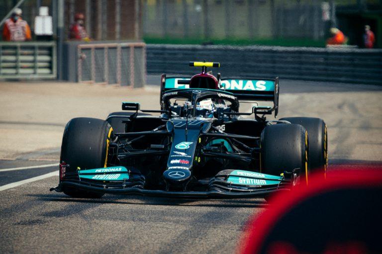 F1: Imolassa yllätyksellinen aika-ajo — Bottas epäonnistui