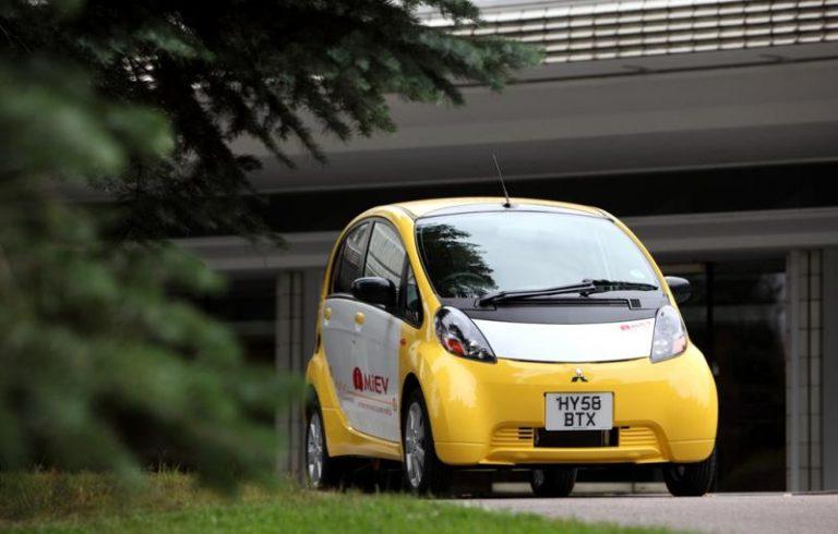 Autotoday 10 vuotta sitten: Mitsubishin täyssähköauto rantautui Suomeen