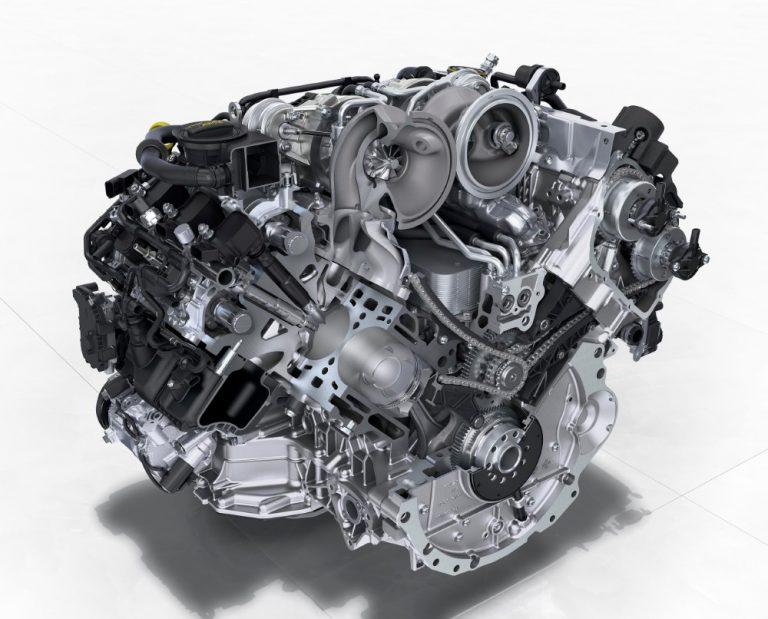 Tällainen on Bentley Flying Spur -mallin V8 -moottori