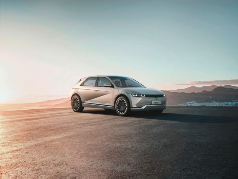 Hyundai Ioniq 5 -täyssähköauton myynti alkaa Suomessa