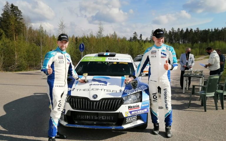 Kesäkausi alkoi voitokkaasti — Juha Salo ajoi Salossa ajetun rallin voittoon