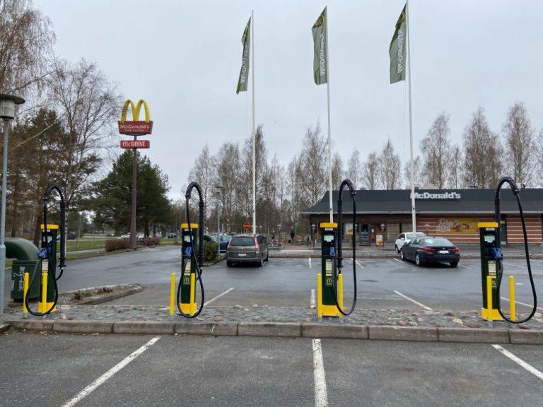 Porin McDonald's-ravintolan yhteyteen suurteholaturi