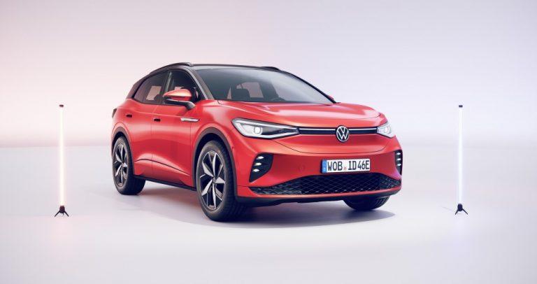 Nelivetoisen, täyssähköisen Volkswagen ID.4 GTX -mallin myynti alkoi tänään