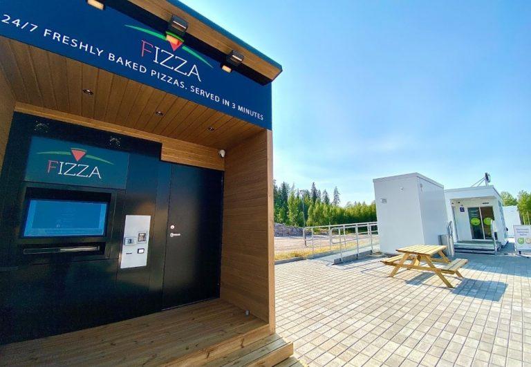 Suomen toinen pizza-automaatti avattu Nesteen liikenneaseman yhteyteen