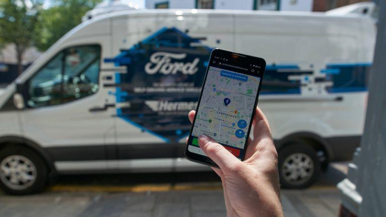 Ford aloittaa tutkimuksen robottiautojen käytöstä pakettikuljetuksissa