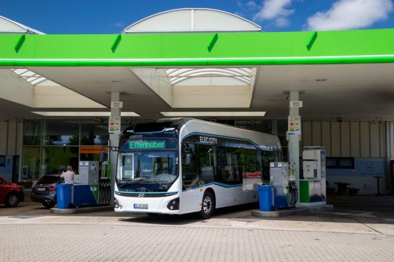 Hyundai aloittaa vetybussin koekäytön Saksan Münchenissä