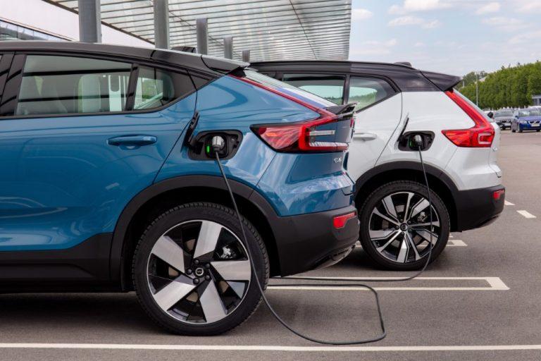 Myös Volvon sähköautoille edullisempi Ionity-lataus