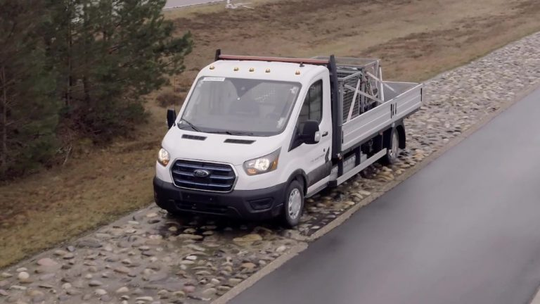 Ensi vuonna tuleva Ford E-Transit altistettiin rankoille koko sen elinkaaren käyttöä simuloiville testeille