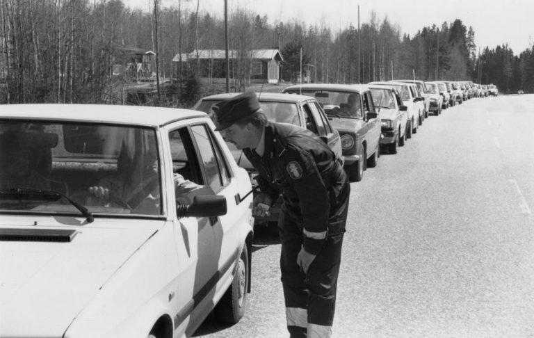 Päivän poliisikuva: Liikkuva poliisi testasi ajoneuvojen nopeusmittareita