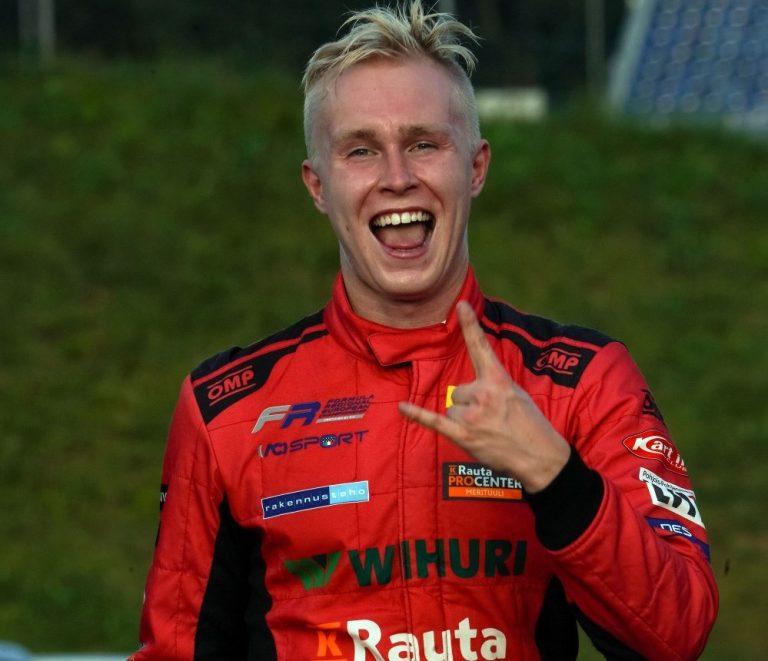 Formula Regional -sarjan Patrik Pasma vaihtaa tallia