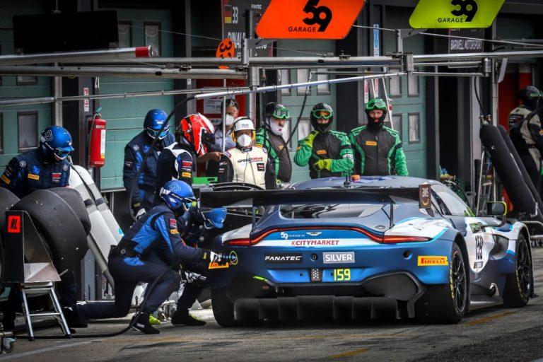 Tuomas Tujula starttaa lauantaina ensi kertaa GT-autojen klassikkokilpailuun