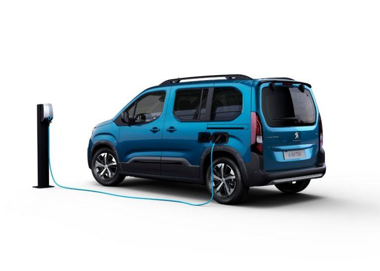 Täyssähköinen Peugeot e-Rifter on hinnoiteltu ja ennakkomyynti on alkanut