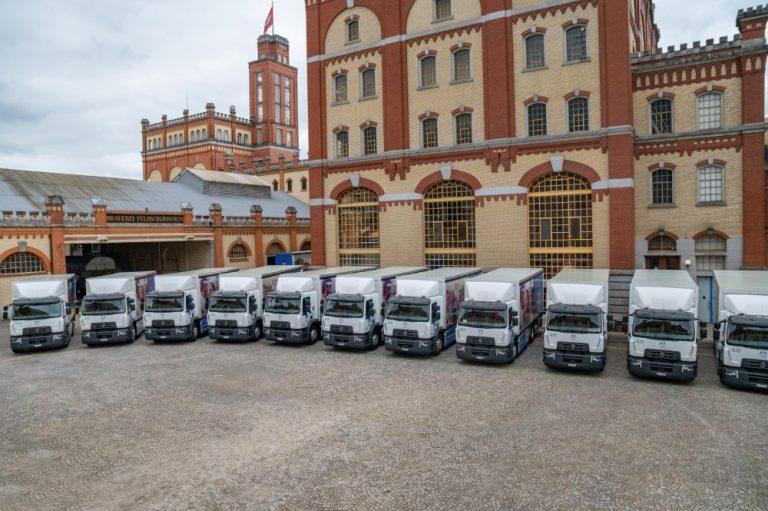 Sveitsiläiselle panimolle luovutettu 20 täyssähkökuorma-autoa