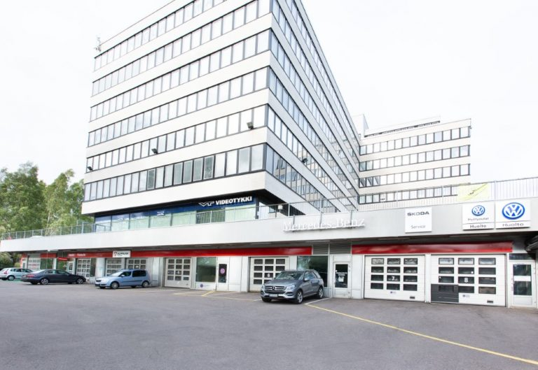 Autoklinikka laajenee Helsingissä