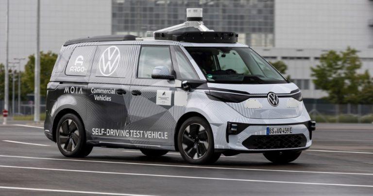Ensimmäinen itsenäisesti ajavan Volkswagenin ID.Buzz-prototyypi on esitelty