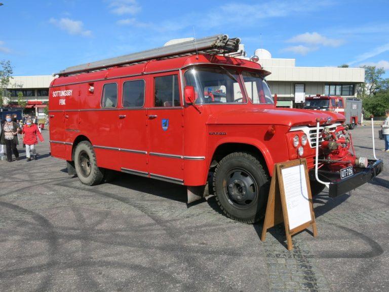 Päivän paloauto: Fargo D500 1962
