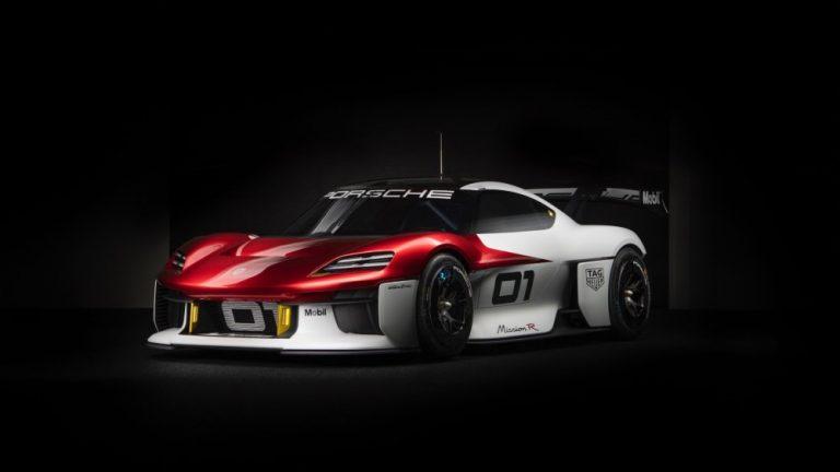 Porsche esittelee vision sähkökäyttöisestä rata-autosta