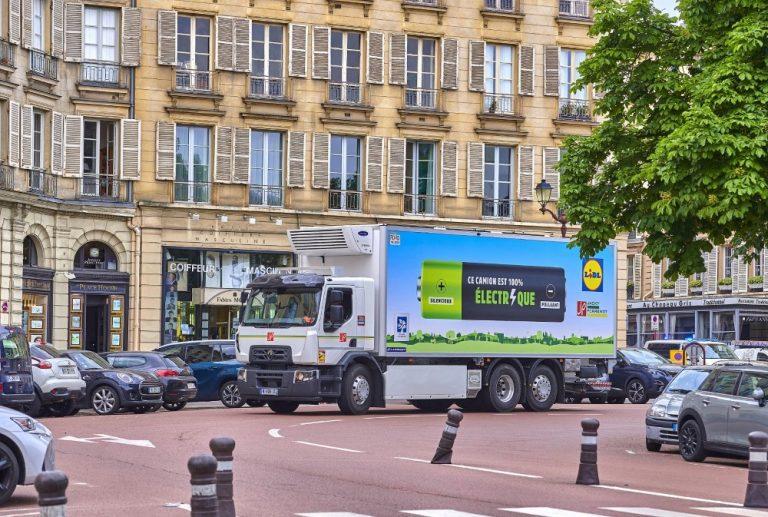 Renault Trucks laajentaa sähkökuorma-autovalikoimaansa