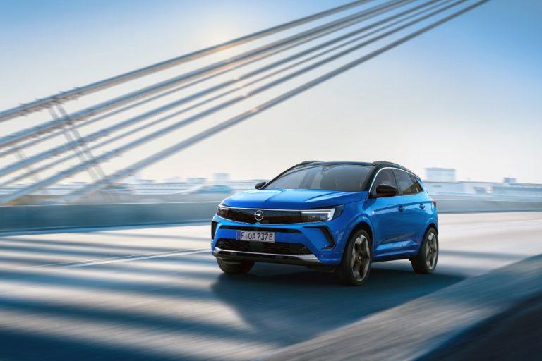 Uuden Opel Grandland -malliston myynti on alkanut